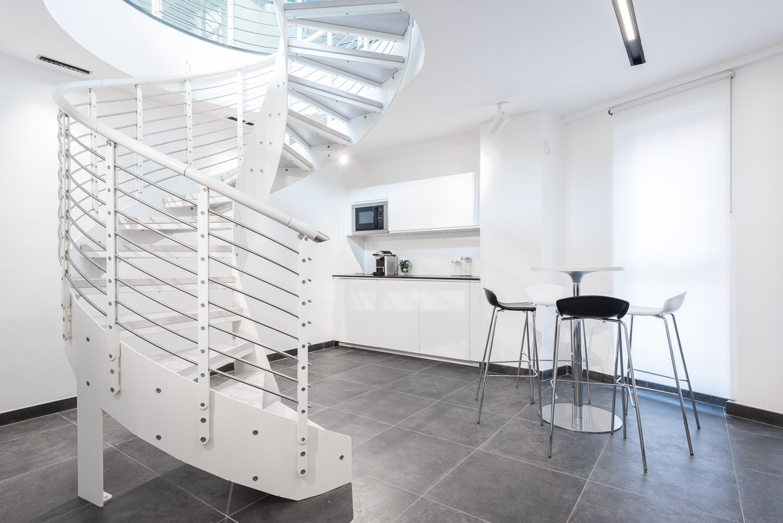 Fotografia d interni uffici per overstudio architetti for Architetti d interni famosi